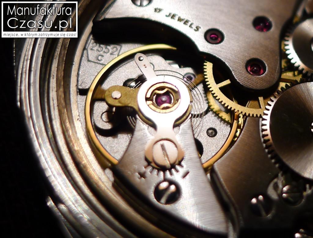 Koło balansowe (koło zamachowe) zegarka mechanicznego