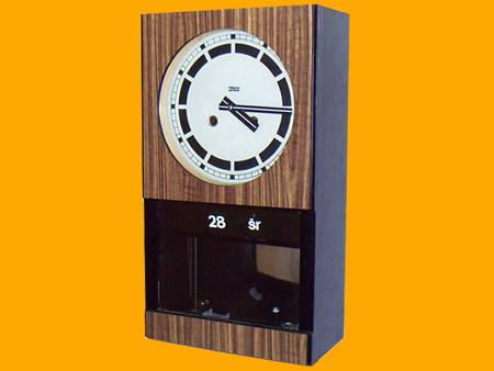 Zegar ścienny z polskim kalendarzem - zdjęcie poglądowe
