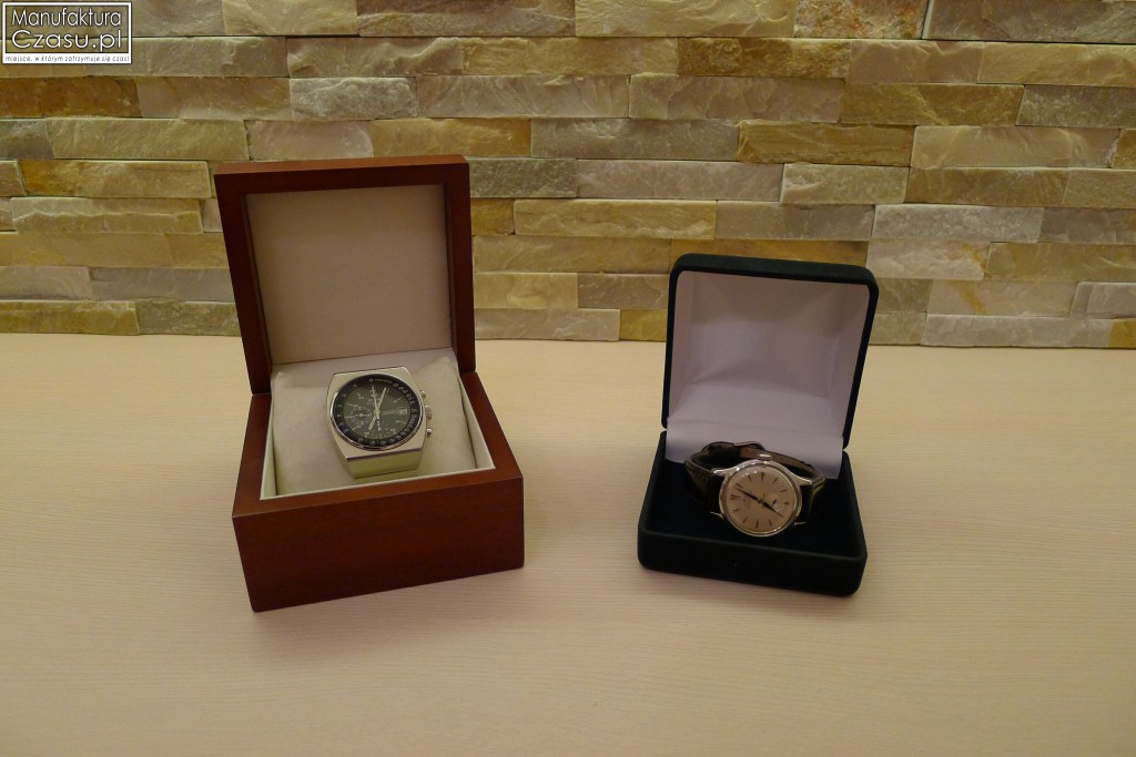 Ekspozytory na jeden zegarek