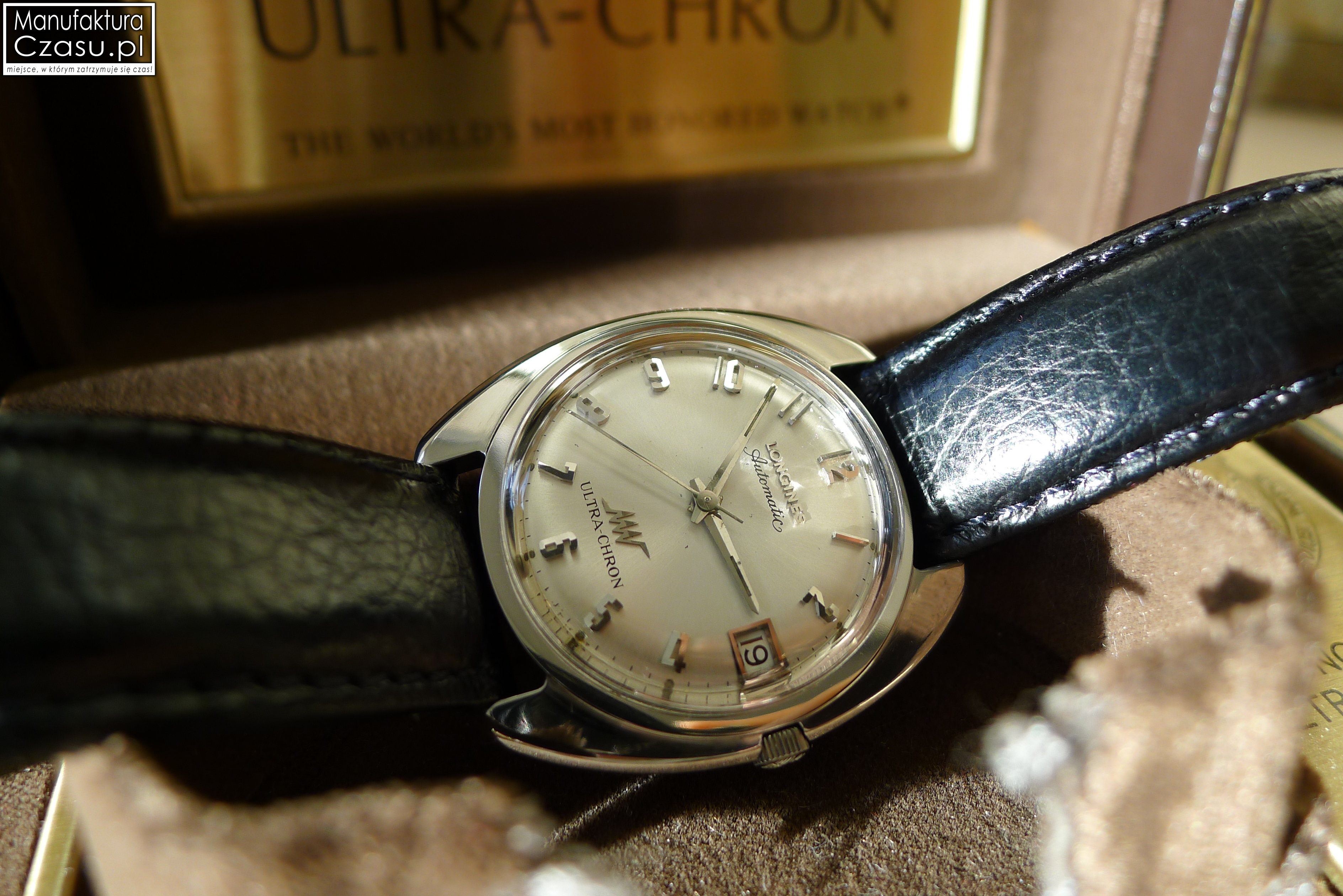 Longines-Ultra-Chron-151.jpg