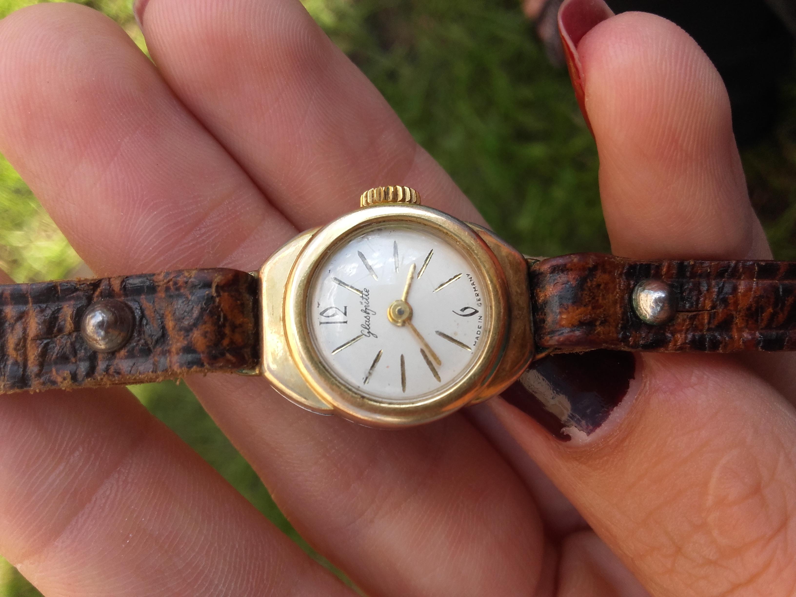02286ab91c21ff Szanowny Panie, czy mógłby mi Pan wycenić zegarek GUB Glashutte Edelstahl  Plaque 20 mikrometer, made in Germany, nr 034786? Od jakiegoś czasu nie  działa.