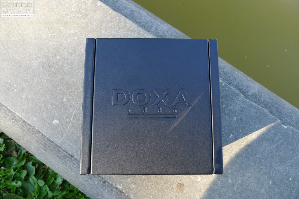 DOXA Into The Ocean - pudełko