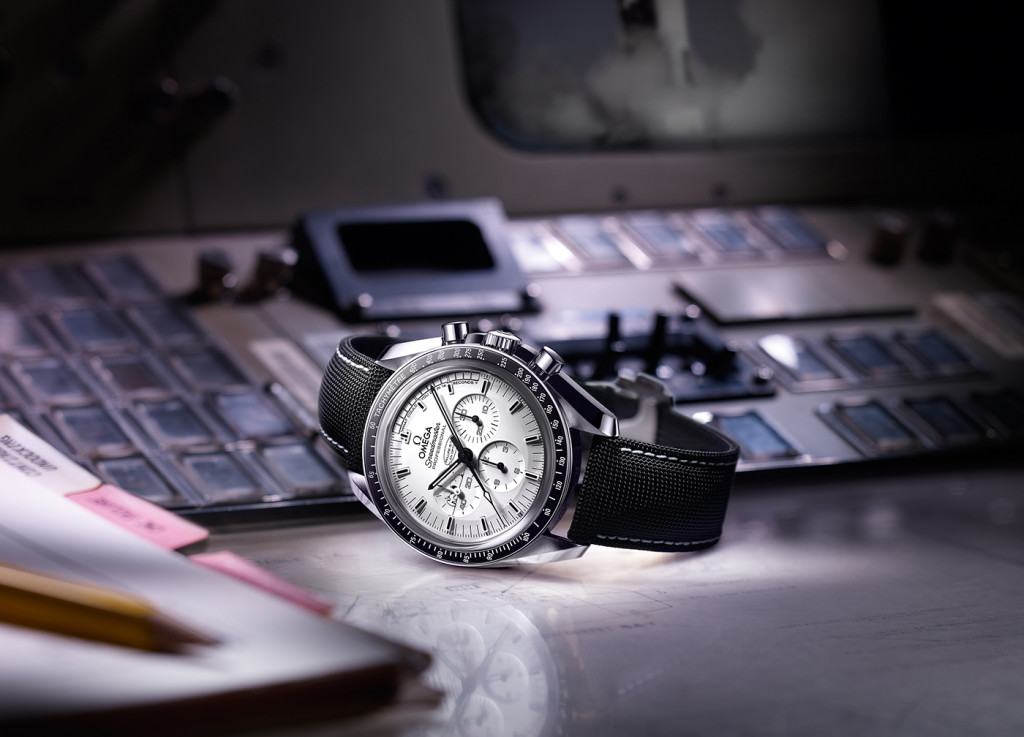 Omega Speedmaster Apollo 13 Snoopy 5