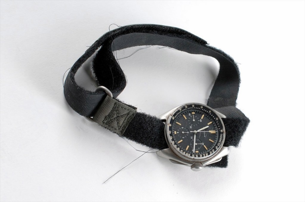 bulova-moon-watch-apollo_15_3
