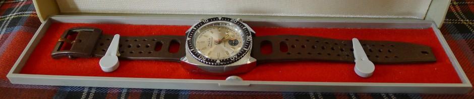 RUHLA Chronograf – zegarek z nieistniejącego już kraju!