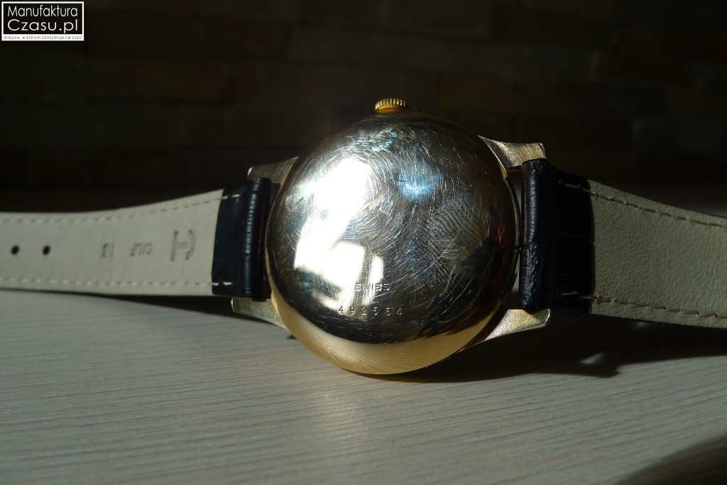 Renowacja zegarka - DOXA po 9