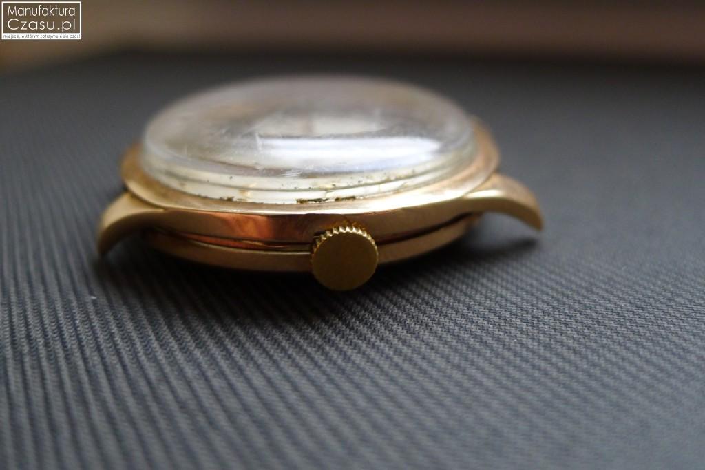 Renowacja zegarka - DOXA przed 4