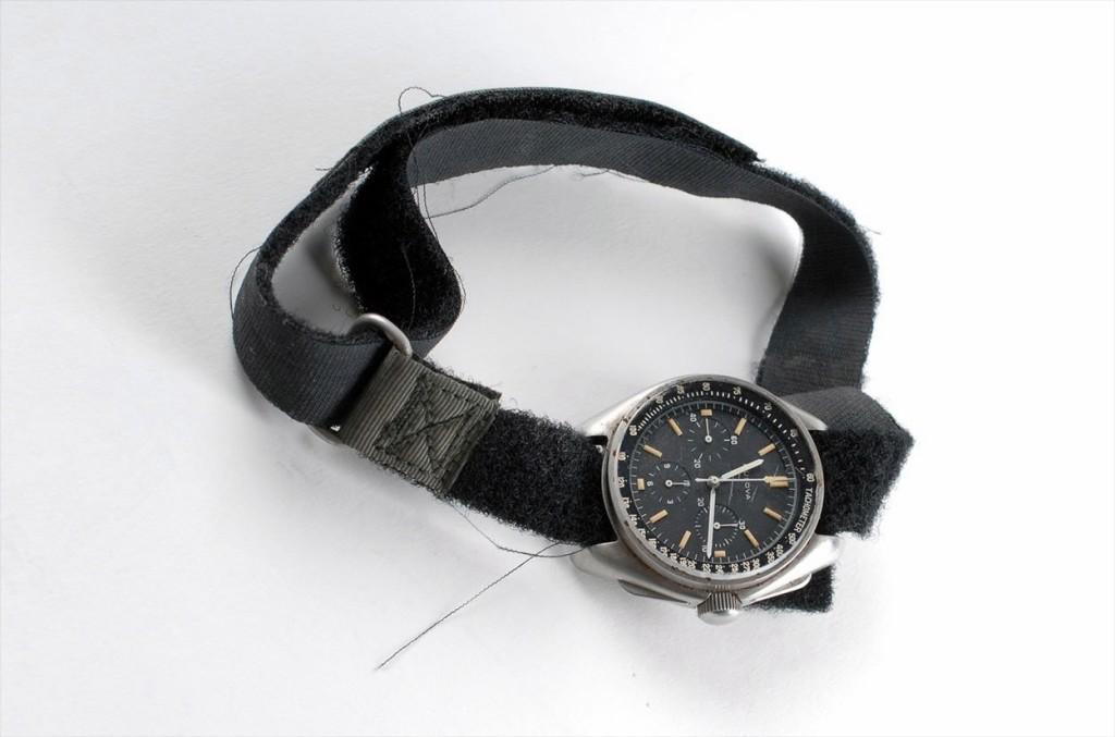 bulova-moon-watch-apollo_15_3